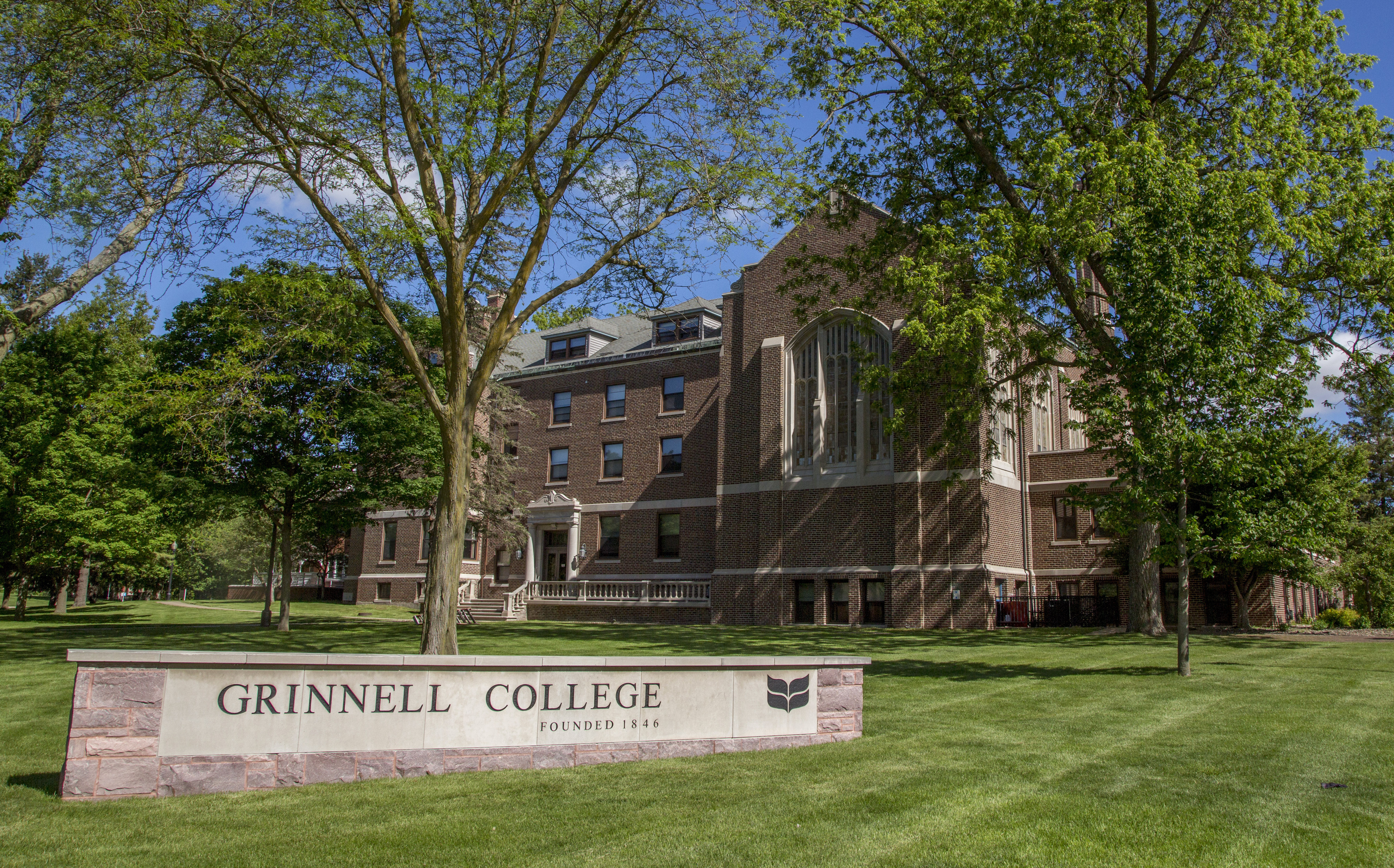 Grinnell college dating